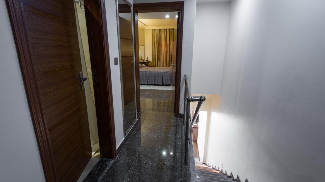 Duplex and Family duplex corridor